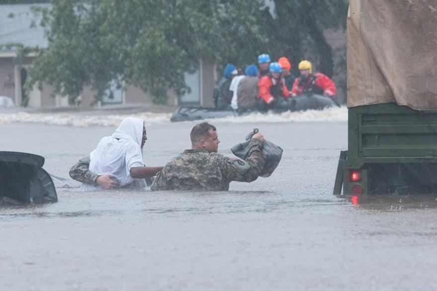 Una inundación en Carolina del Norte, Estados Unidos. (Foto Prensa Libre: AFP).