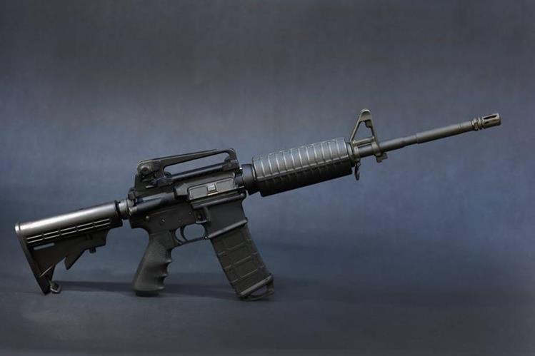 El fusil AR-15 fue inventado en 1950 y utilizado en el reciente ataque en Orlando.