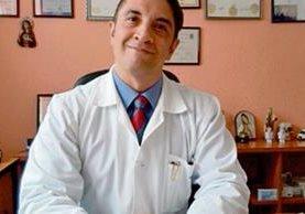 médico y neuropsiquiatra Eddy Monge