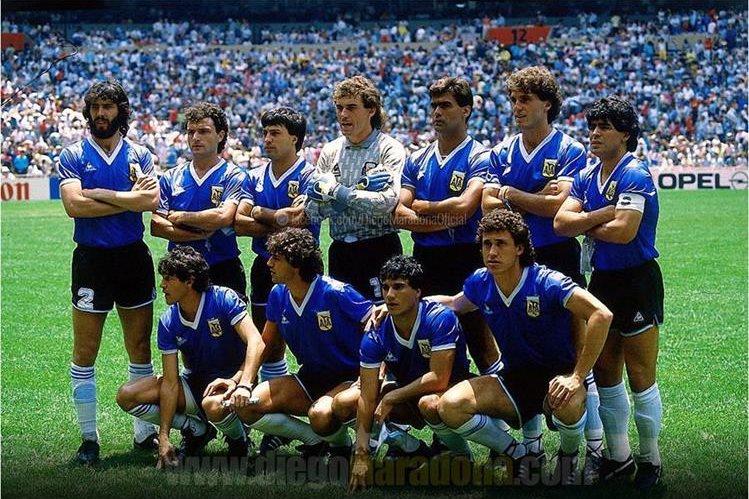 Maradona compartió esta fotografía en su cuenta de Facebook. (Foto Prensa Libre: Facebook Diego Maradona)