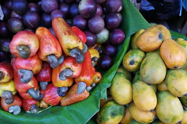 En Guatemala hay frutas que solo aparecen en la temporada de verano. (Fotos Prensa Libre: Ana Lucía Ola)