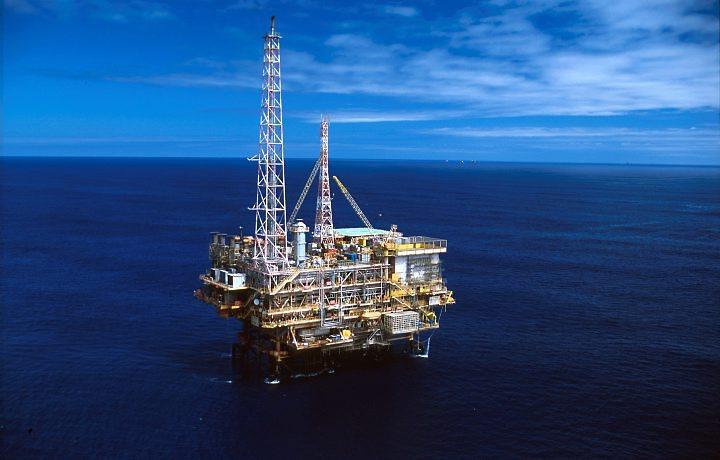 La mayor producción petrolera impulsa un menor precio. (Foto Prensa Libre: Hemeroteca PL)