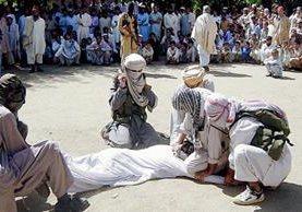 La sanción  se realizó en público para dar una lección al resto de los ciudadanos.