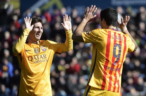 El argentino Lionel Messi después de 12 temporadas es nombrado el jugador del mes en la liga española. (Foto Prensa Libre: AFP)