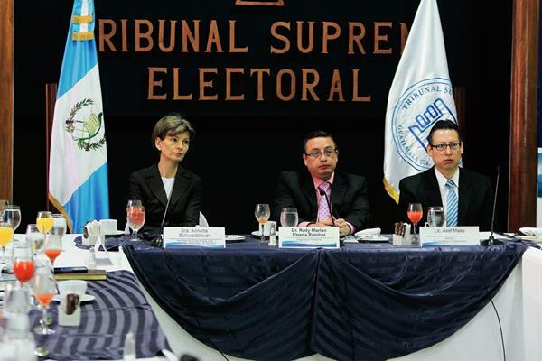 El TSE hizo público el reglamento para las compras por las próximas elecciones. (Foto Prensa Libre: Hemeroteca).