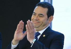 El presidente Jimmy Morales felicita al presidente electo Donald Trump por ganar las elecciones. (Foto Prensa Libre: Esbin García)