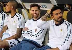 Lionel Messi no pudo ser titular en el juego contra Chile. (Foto Prensa Libre: EFE)