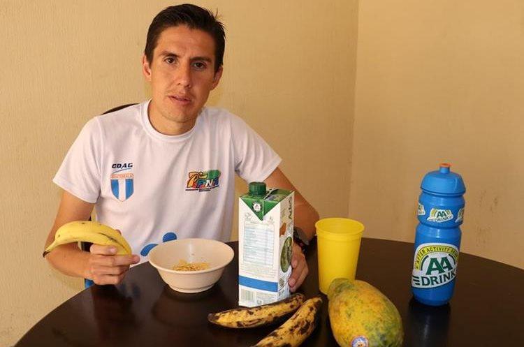 Alimentación adecuada. Dos días antes  de la competencia se debe ingerir muchas proteínas y carbohidratos.(Foto Prensa Libre: Raúl Juárez)