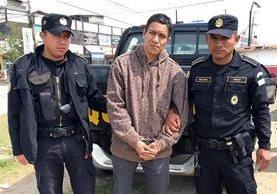 Vicente Adrián Tizol Mejía, de 27 años, señalado de fingir el secuestro de una menor. (Foto Prensa Libre:Carlos Ventura)