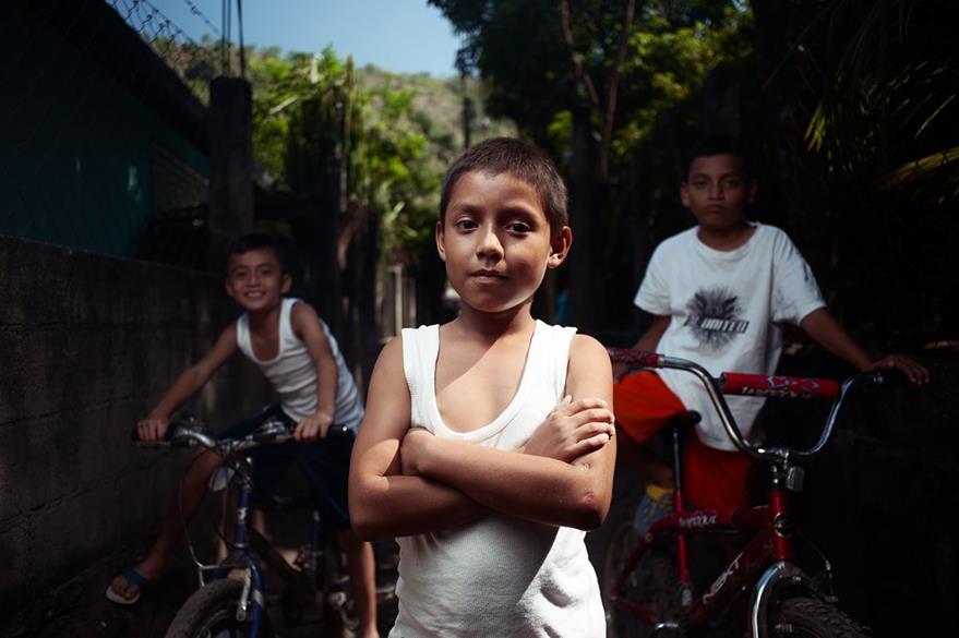 Ellos son algunos de los niños beneficiados con los fondos que recauda Jazmín Carrillo. Foto Prensa Libre: David Benthal.