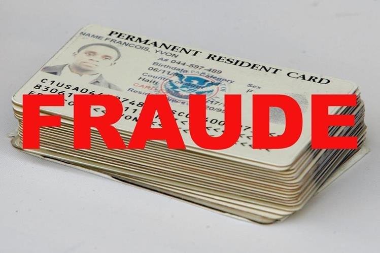 Autoridades de Miami, EE.UU., investigan a un guatemalteco que comercializaba tarjetas de residencia. (Foto Prensa Libre: Getty Images)