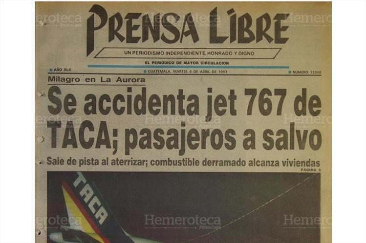 Prensa Libre informaba sobre la catástrofe aérea en la colonia La Libertad en Santa Fe, zona 13, el 6/4/1993 . (Foto: Hemeroteca PL)