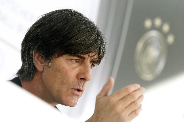 Para Joachim Löw el ser favorito no asegura la Bundesliga. (Foto Prensa Libre: Hemeroteca PL)