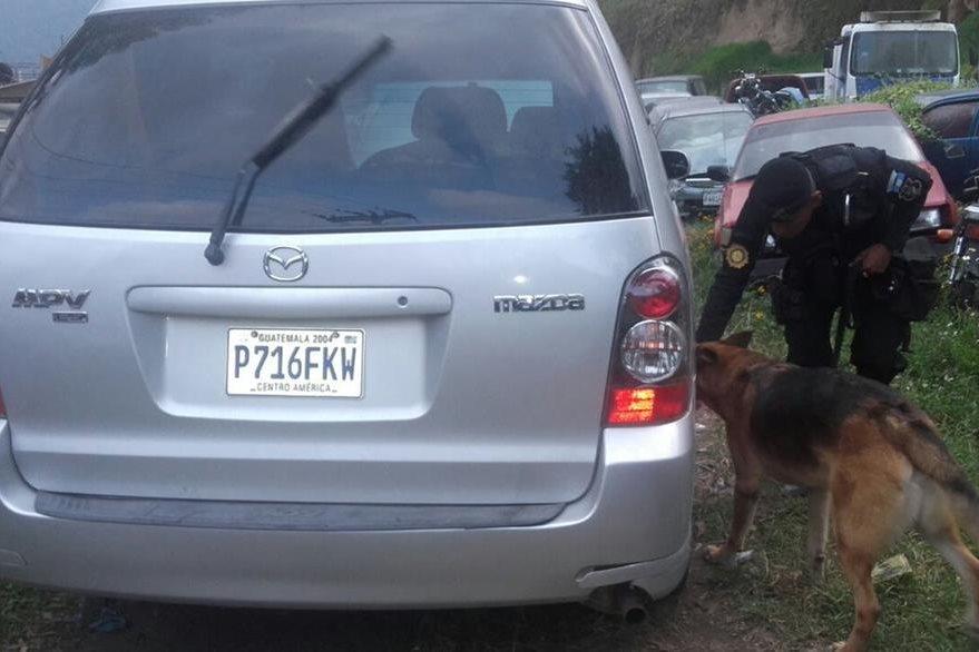El vehículo fue trasladado al predio del Organismo Judicial en Cantel. (Foto Prensa Libre: PNC)