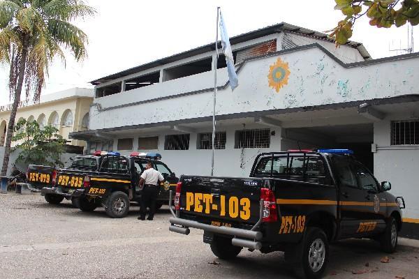 Estación de   Policía de Sayaxché, Petén.