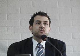 El abogado constitucionalista Alexander Aizenstatd asegura que sí existen mecanismos para frenar al Congreso. (Foto Prensa Libre: Hemeroteca PL)