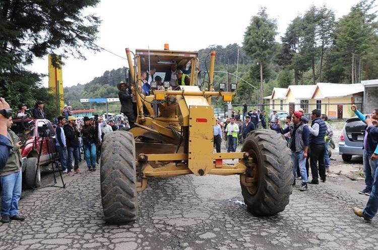 La carretera que comunica San Marcos con 14 municipios será recapeada. (Foto Prensa Libre: Whitmer Barrera)