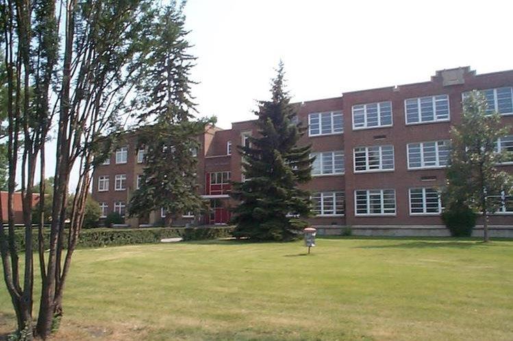 Vista de una escuela canadiense.