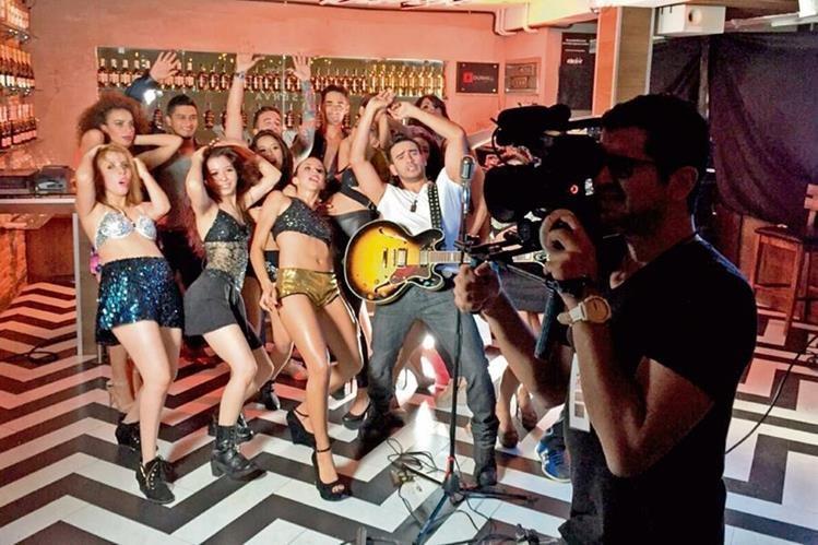 El clip fue grabado en dos días en locaciones de Guatemala.