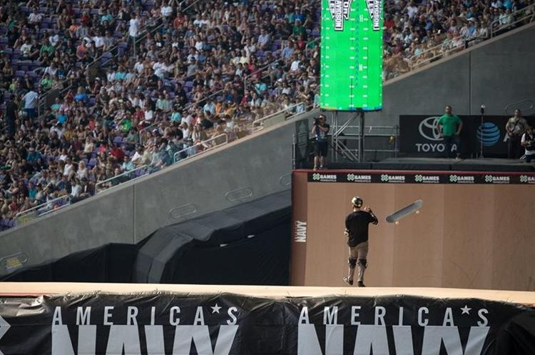 Elliot Sloan dando espectáculo en Minneapolis. (Foto Prensa Libre: X Games)