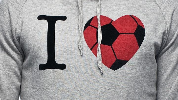 Científicos prueban que la pasión por el fútbol es similar al amor