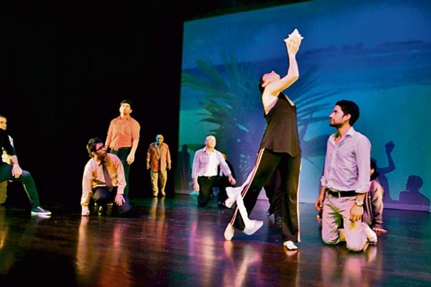 El elenco  de Caribe lleva alrededor de cuatro meses preparándose para el montaje.(Foto Prensa Libre: Ángel Elías).