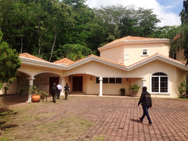 Una vivienda de Yankel Rosenthal fue decomisada por MP en San Pedro Sula,Honduras.