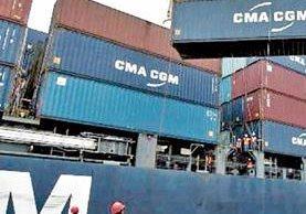 El movimiento de carga marítima tendrá una ligera contracción durante el 2016. (Foto Prensa Libre: Hemeroteca PL)