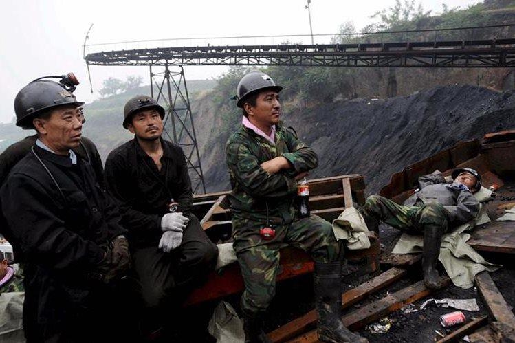 China vuelve a tener otro accidente mortal en mina. Hemeroteca PL