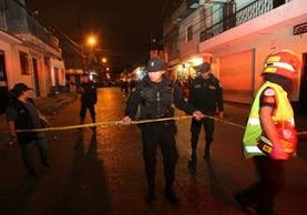 El ataque armado se registró en una abarrotería. (Foto Prensa Libre: Érick Ávila).