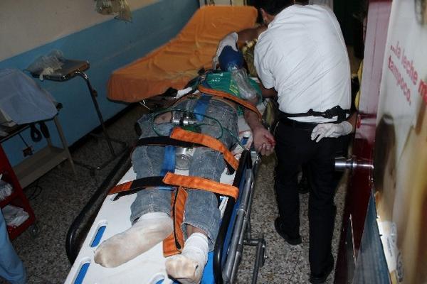El menor  murió  en el área  de emergencia.