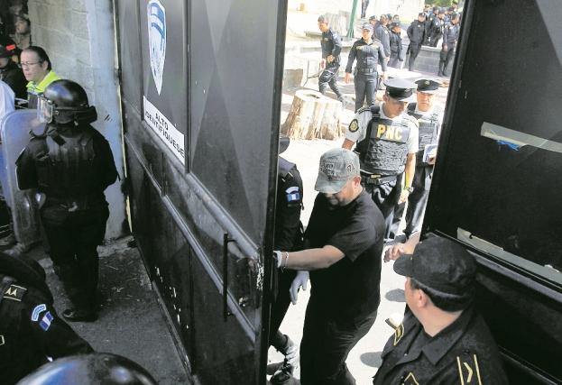 El martes 7 de marzo varias niñas se escaparon del hogar, regresaron horas después y cuando las dejaron entrar las encerraron. (Foto Prensa Libre: Hemeroteca PL)