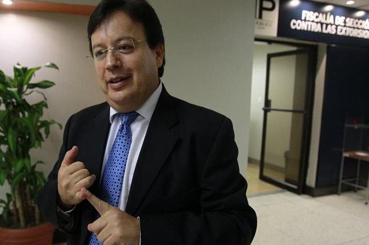 El pasado 17 de mayo el congreso acepto la renuncia del exmagistrado de la Corte Suprema de Justicia Vladimir Aguilar. (Foto Prensa Libre: Estuardo Paredes)