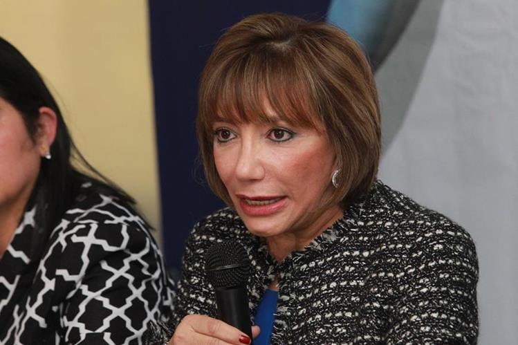 Silvia Valdés, presidenta de la CSJ, en conferencia de prensa. (Foto Prensa Libre: Estuardo Paredes)