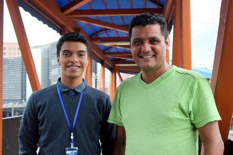 Los hermanos Salazar Barrios, crearon el video juego Corredor Maya.(Foto Prensa Libre: Dony Stewart.)