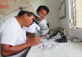 El Ministerio de Salud hace pruebas para determinar el tipo de virus. (Foto Prensa Libre: Hemeroteca PL)