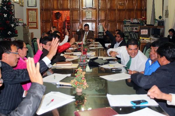 Concejo de Xelajú aprueba presupuesto para el 2013.