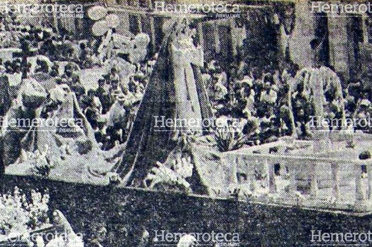 Anda de la Santísima Virgen de Dolores de Candelaria, Jueves Santo de 1978.