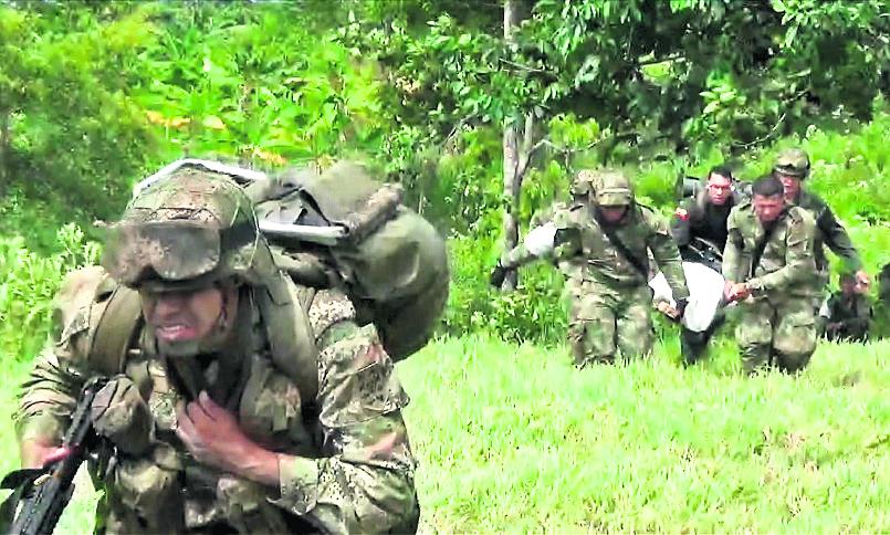 <em>Las hostilidades entre las Farc y el Gobierno no cesan, pese a la tregua. (Foto Hemeroteca PL).</em>