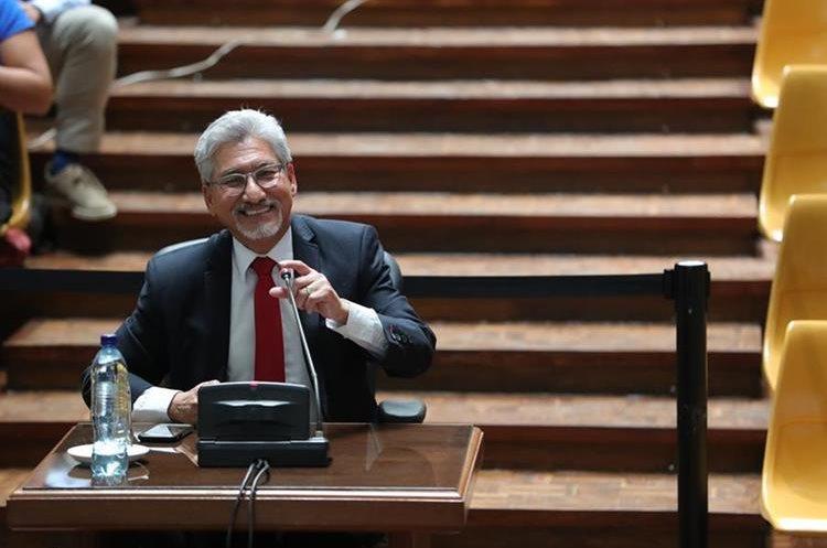 Consulta popular se desarrolla con normalidad en Guatemala