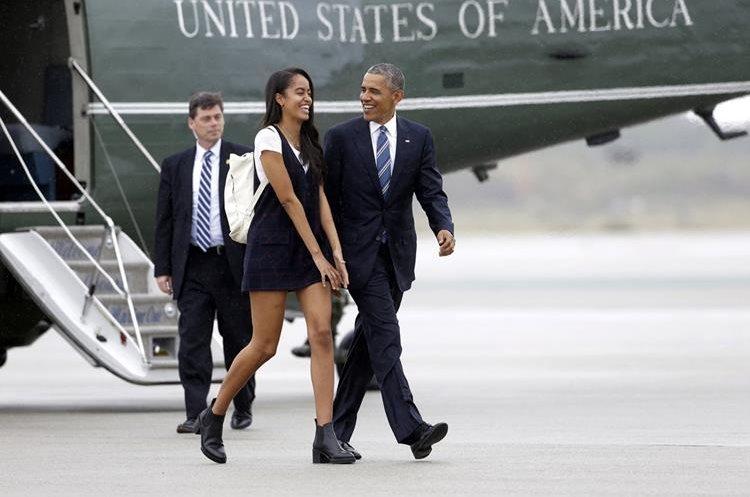 Malia Obama y su padre Barack tienen una relación muy cercana destacada por la Prensa de EE. UU. (Foto Hemeroteca PL).