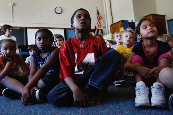 """<p>Un grupo de niños recibiendo clases en escuela elemental en Estados Unidos. (Foto Prensa Libre: Archivo)<br _mce_bogus=""""1""""></p>"""