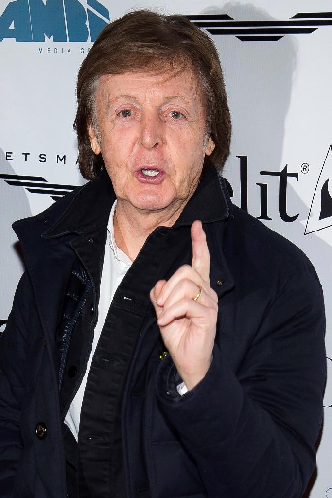 """McCartney quiere recuperar el """"copyright"""" de las que escribió junto a su compañero John Lennon entre 1962 y 1971. (Foto Prensa Libre: AP)"""