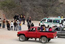 Lugar donde fueron localizados ambos cadáveres, en la aldea Río Grande, Sansare. (Foto Prensa Libre: Hugo Oliva).