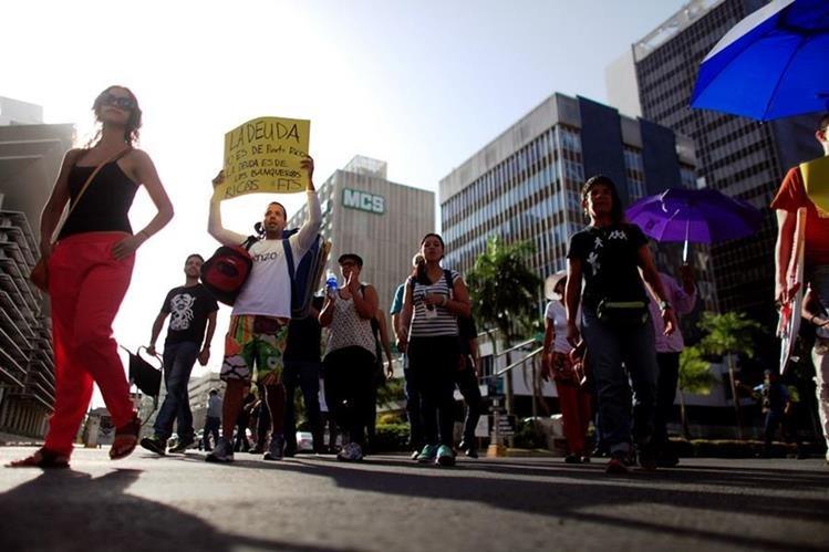 Puerto Rico también ha sido objeto de protestas contra la deuda estatal. (Fotografía Hemeroteca PL)