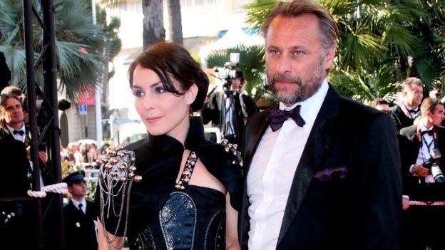 Noomi Rapace y Michael Nyqvist asistieron juntos al Festival de Cine de Cannes, en 2009. GETTY IMAGES