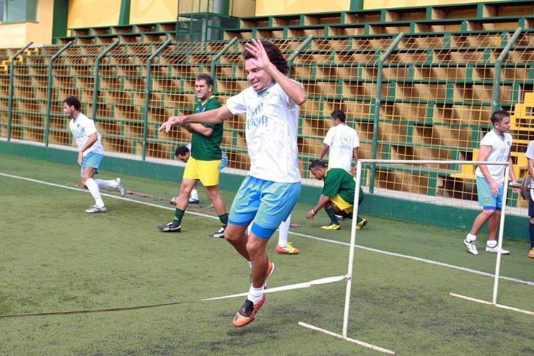 El delantero salvadoreño Rafael Burgos jugó con Deportivo Petapa en el 2012 y ahora vendrá para jugar con la Usac. (Foto Prensa Libre).
