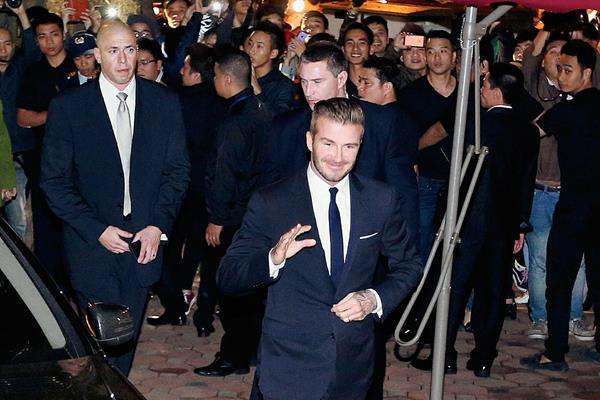 El británico David Beckham futbolista del Real Madrid del 2003 al 2007, manifestó sentirse triste por la salida de Ancelotti. (Foto Prensa Libre: AFP)