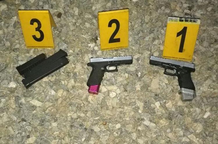 Seis armas de fuego se decomisaron por no tener la licencia de autorización. (Foto Prensa Libre: Cortesía PNC)