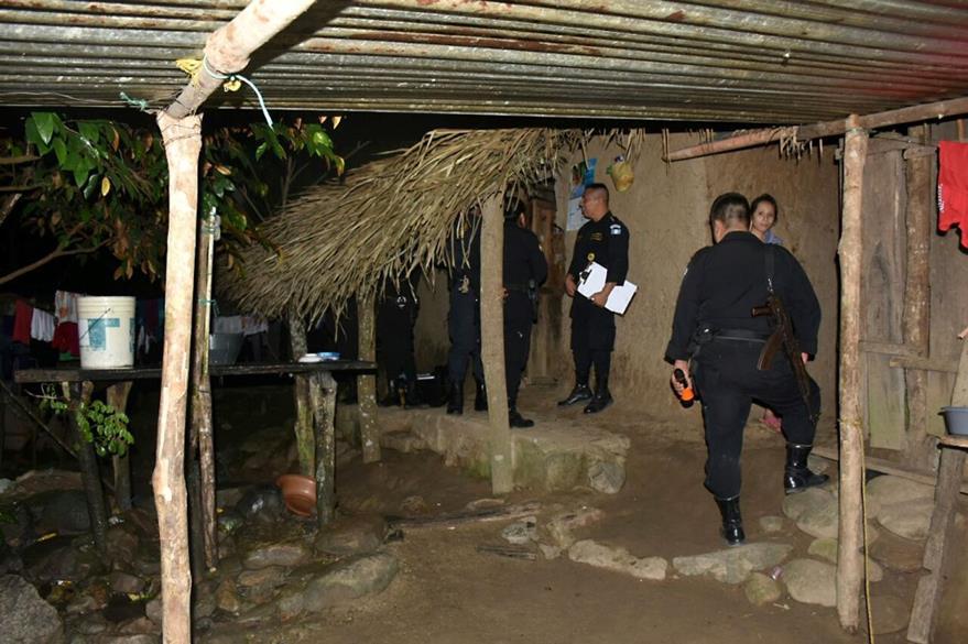 Lugar donde se registró el crimen contra José Ángel Geremías Díaz. (Foto Prensa Libre: Dony Stewart).